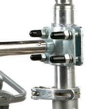 ZOOSHOP.ONLINE - Zoopreču internetveikals - Trixie stiprinājums pie velosipēda ar pavadu lieliem suņiem  / defekts -trūkst 1-nai skrūvei gumija