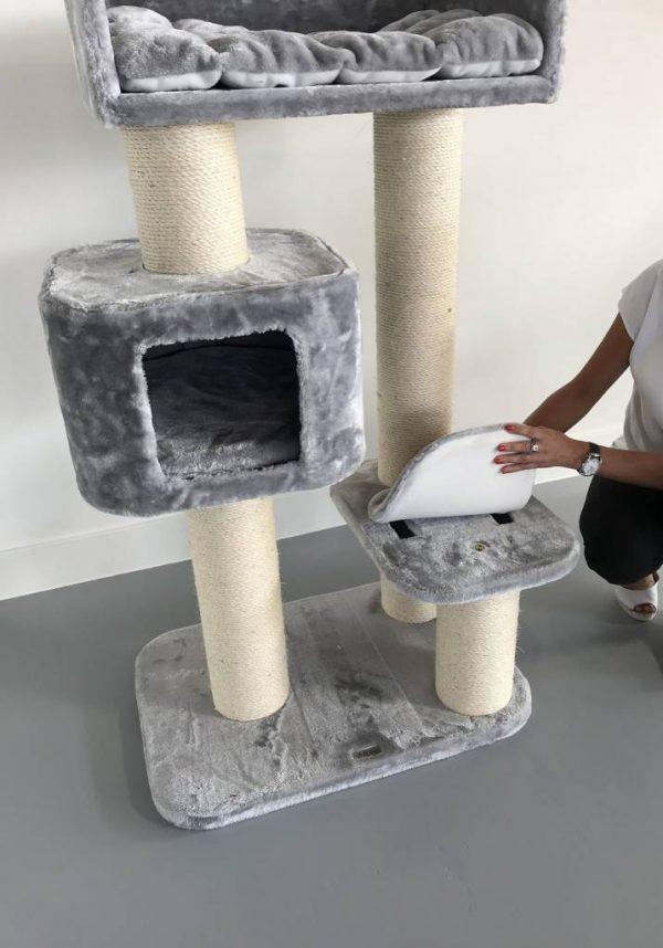 ZOOSHOP.ONLINE - Zoopreču internetveikals - Kaķu māja Devon Reks (gaiši pelēks). Cat tree Devon Rex Light Grey