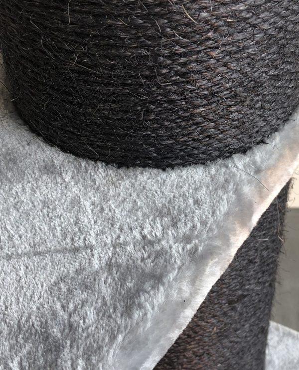 ZOOSHOP.ONLINE - Zoopreču internetveikals - Kaķu koks Karaliskais Kronis Melna līnija (gaiši pelēka). Cat Tree Royalty Crown Blackline Light Grey