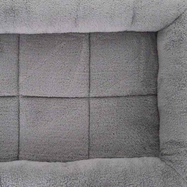 ZOOSHOP.ONLINE - Zoopreču internetveikals - Plīša gulta konteineriem un būriem suņiem, krāsa gaiši pelēka, izmērs M 77 x 55 x 10 cm