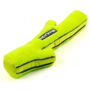 ZOOSHOP.ONLINE - Zoopreču internetveikals - Neona dzeltena K-Nite Glowing suņu rotaļlieta ar fluorescējošām šuvēm un logotipu